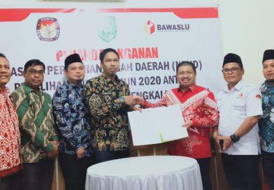 Bawaslu di 5 Kabupaten Tandatangani Dana Hibah Pilkada 2020